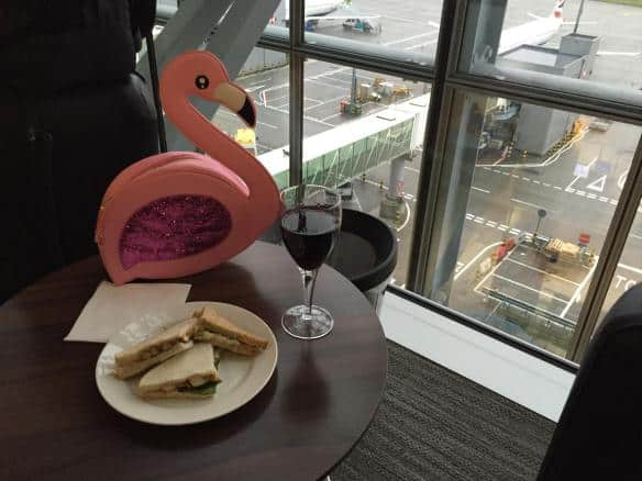 atlbeer-airport-wine-flamingo