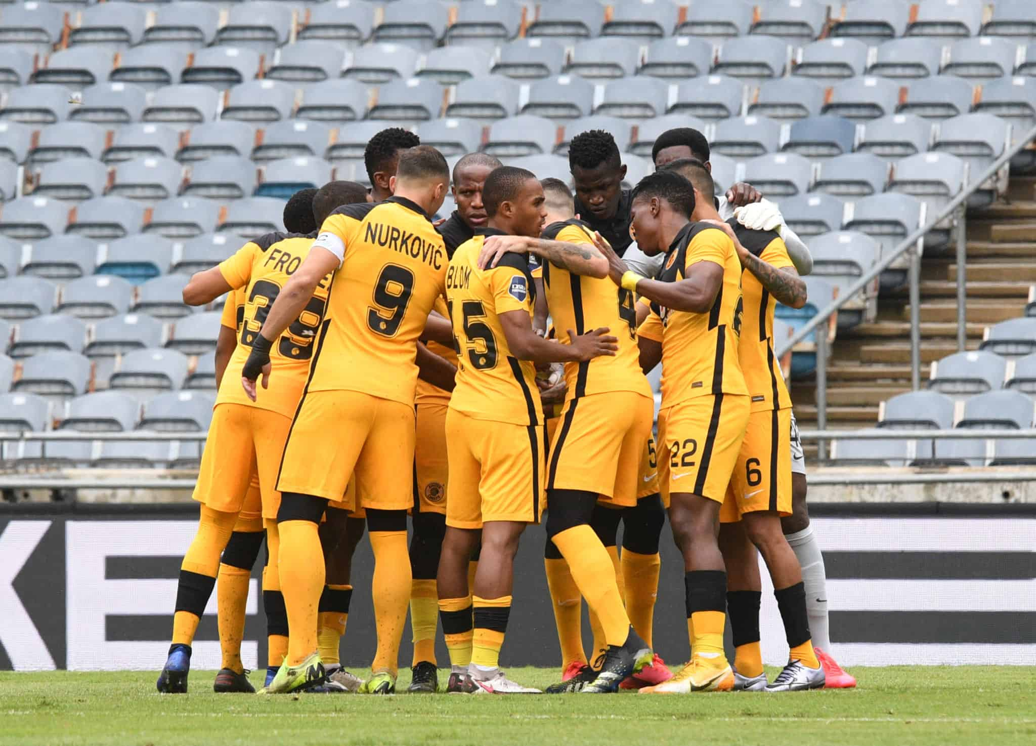 Kaizer Chiefs 2 2048x1474 - Is Gavin Hunt to blame for Kaizer Chiefs' struggles?